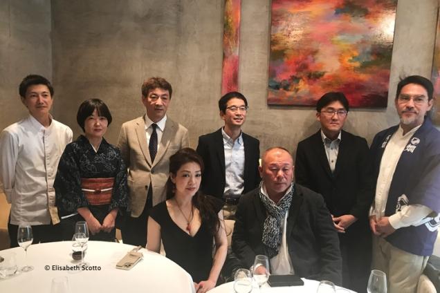 Représentants des maisons de saké de Tottori