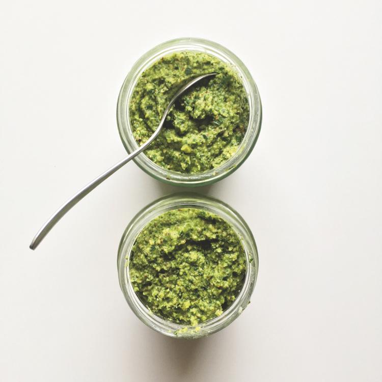 Pesto persil noisettes